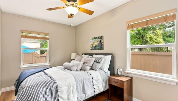 1 makuuhuone, silitysrauta/-lauta, Wi-Fi, vuodevaatteet