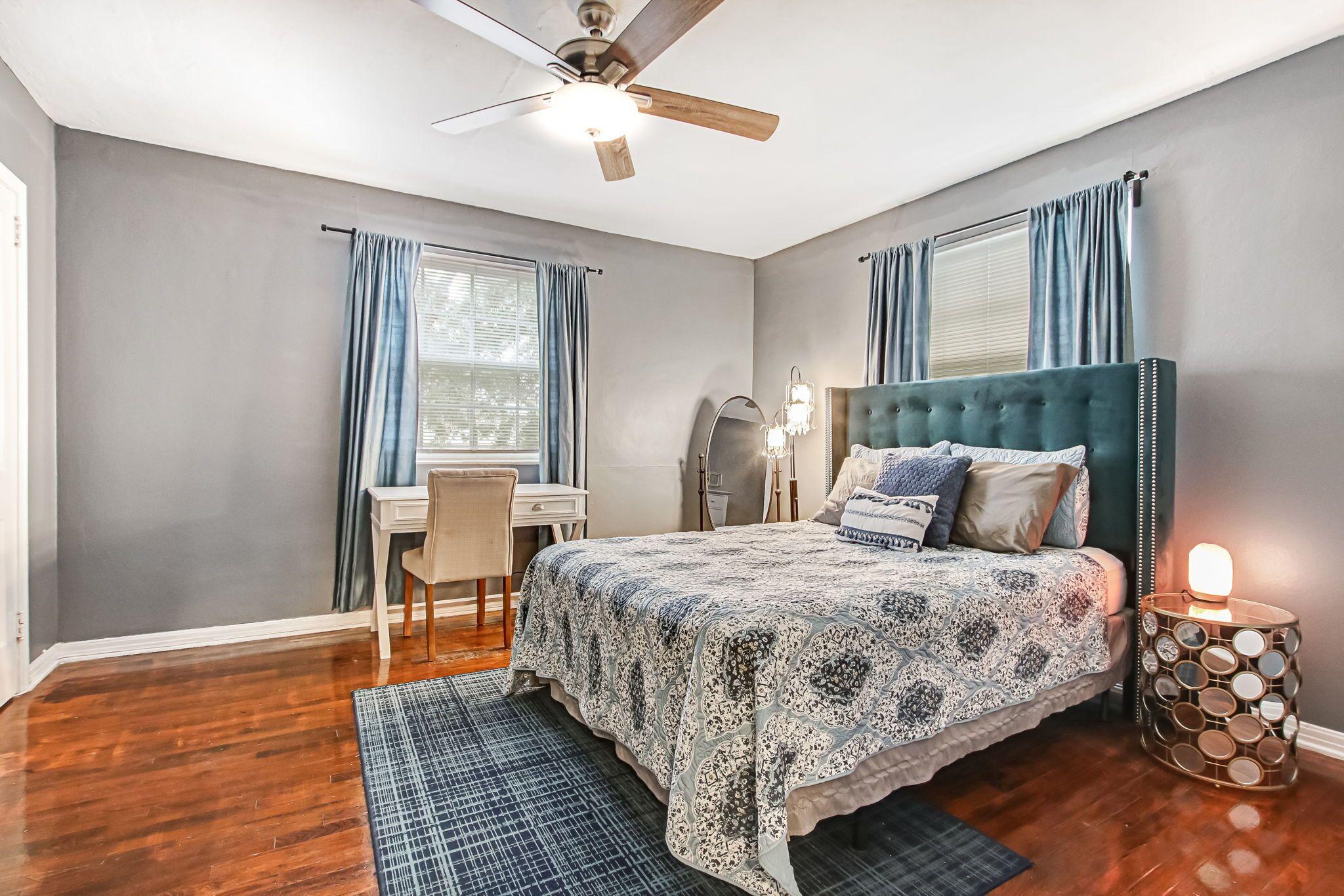 Orange Suite Full One Bedroom Second Floor Apt At Larue House Precos Promocoes E Comentarios Expedia Com Br