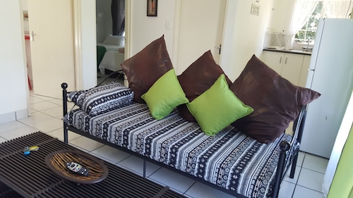 Accommodation in Nelspruit, Self Catering Units, Furnished Flats to let
