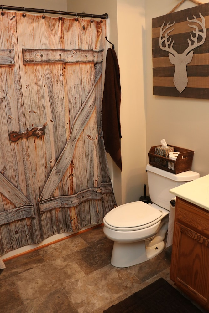 Bathroom, A Country Lodge With a Peaceful Setting