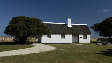De Hoop Equipped Cottages