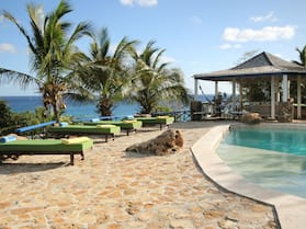 The Carib House 5 Bedrooms And Pool Close To Beach