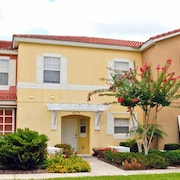 4534 Alberto Circle 3 Bedroom Townhouse