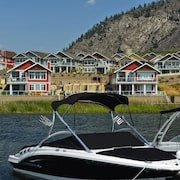 Osoyoos Private Resort Home Steps From THE Lake