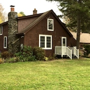 Winter special 30% discount, secluded Berkshire home, 23 acres, babbling brook