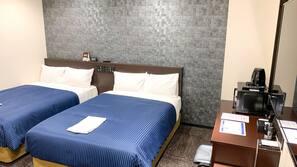 書桌、免費 Wi-Fi、床單