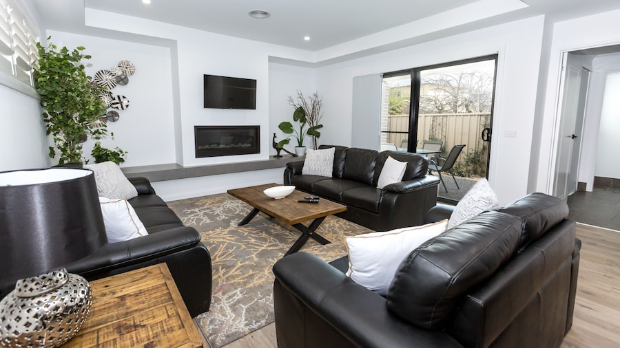 Two Ten Luxury CBD Accommodation