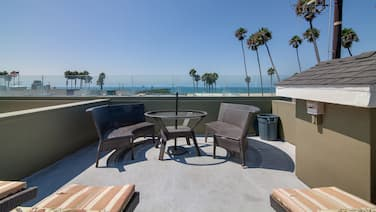 Steps to Beach! Ocean-View Luxury Home w/ Rooftop Deck & Private 2-Car Garage