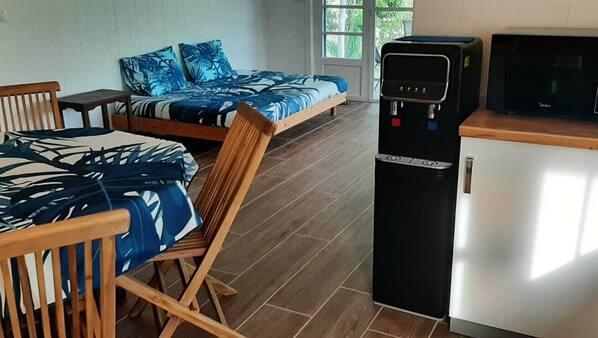 1 bedroom, in-room safe, desk, travel crib