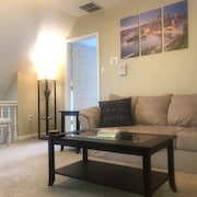 ?pristine King Bed Suite CMU / Pitt ? Pet Friendly ? Shadyside??