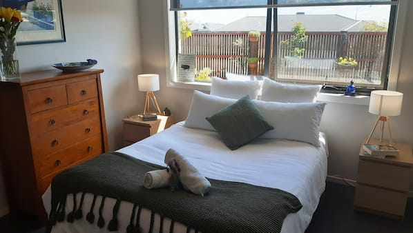 4 bedrooms, iron/ironing board, cots/infant beds, WiFi