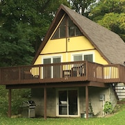 Year-round Cottage With Lake Access - Discounted Bookings for Sept & Oct