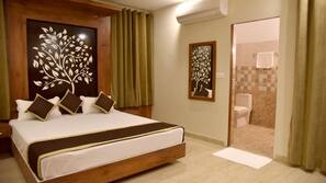 Down duvets, desk, rollaway beds, bed sheets