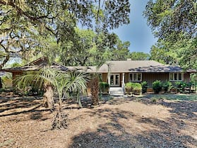 Five Oaks Coastal In Gated Seabrook Island 3 Bedroom Home