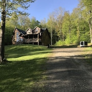 Secluded log Cabin on 25 Acres Bordering State Forest With Trails Nearby