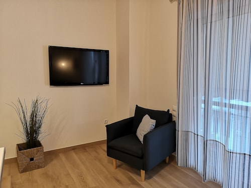 Amelie's Quality Apartment - Rafina's Central Port