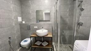 Towels, soap, shampoo, toilet paper