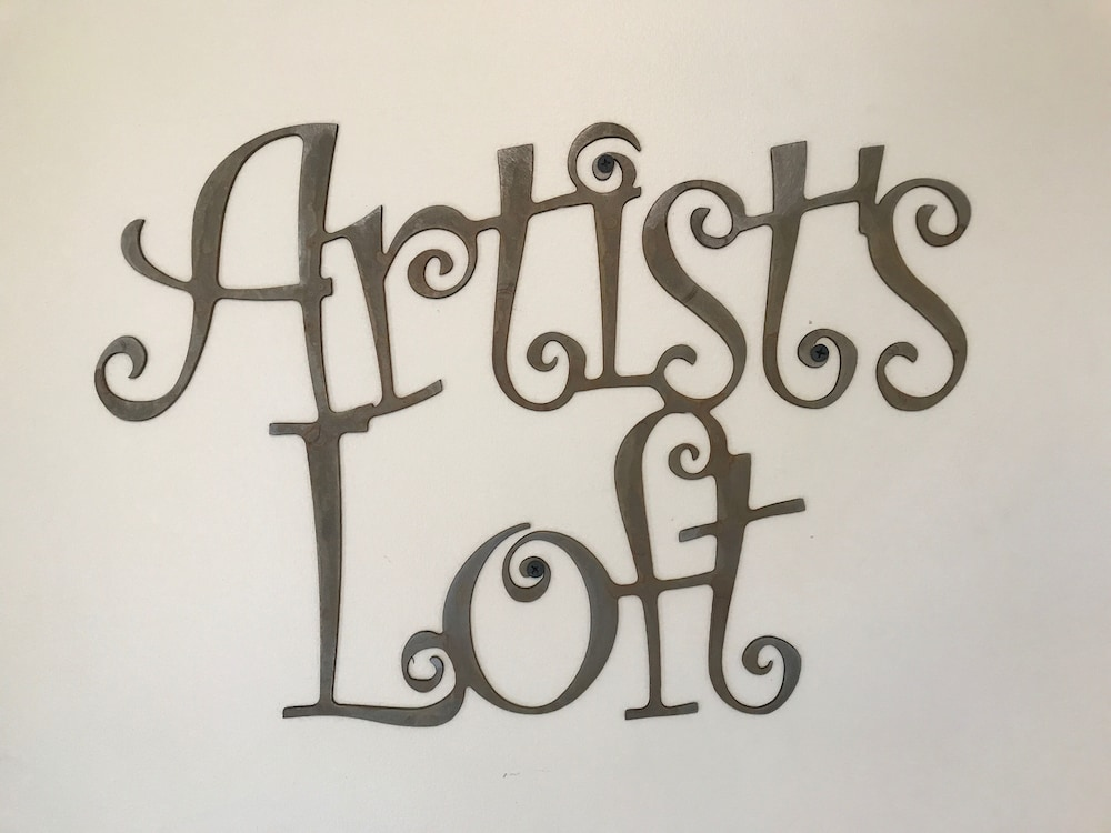 , Artist's Loft Near Historic Downtown Prescott