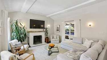Fully updated 3BR 2BA Home in Santa Monica Available for 3 Month Rental