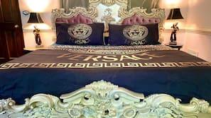 4 bedrooms, travel crib, Internet
