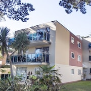 Sandbanks Peninsula Apartment 2 Minutes From the Beach