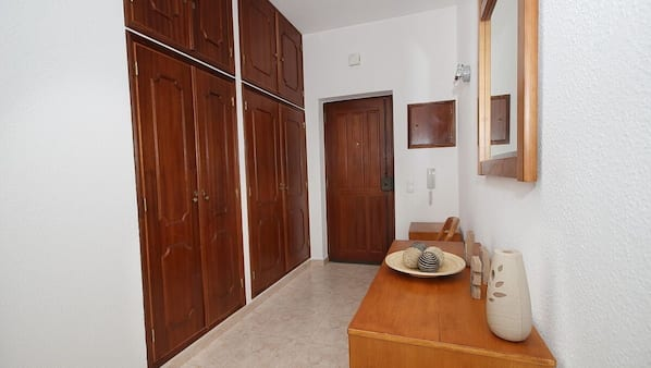 1 bedroom, WiFi, bed sheets, wheelchair access