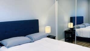 2 多间卧室、熨斗/熨衣板、上网接入、床单