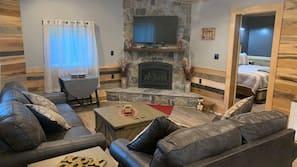 TV, lareira, DVD player