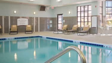 Comfy Suite Near Bowling Green State University | Shared Indoor Pool + Free Breakfast