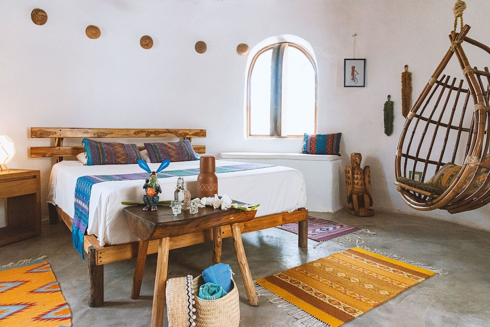 Room, Offgrid Superabode Domes In Front of the Ocean With Pool Near Roca Blanca