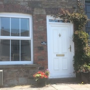 Cosy, Quiet two Bedroomed Cottage in the Centre of Hay on Wye