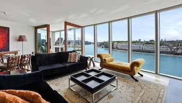 THE TOWER: LUXURIOUS LONDON LIVING WITH  AWE-INSPIRING VIEWS OF THE THAMES