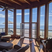 Direct Oceanfront - Bright Airy Living With Floor-to-ceiling Windows