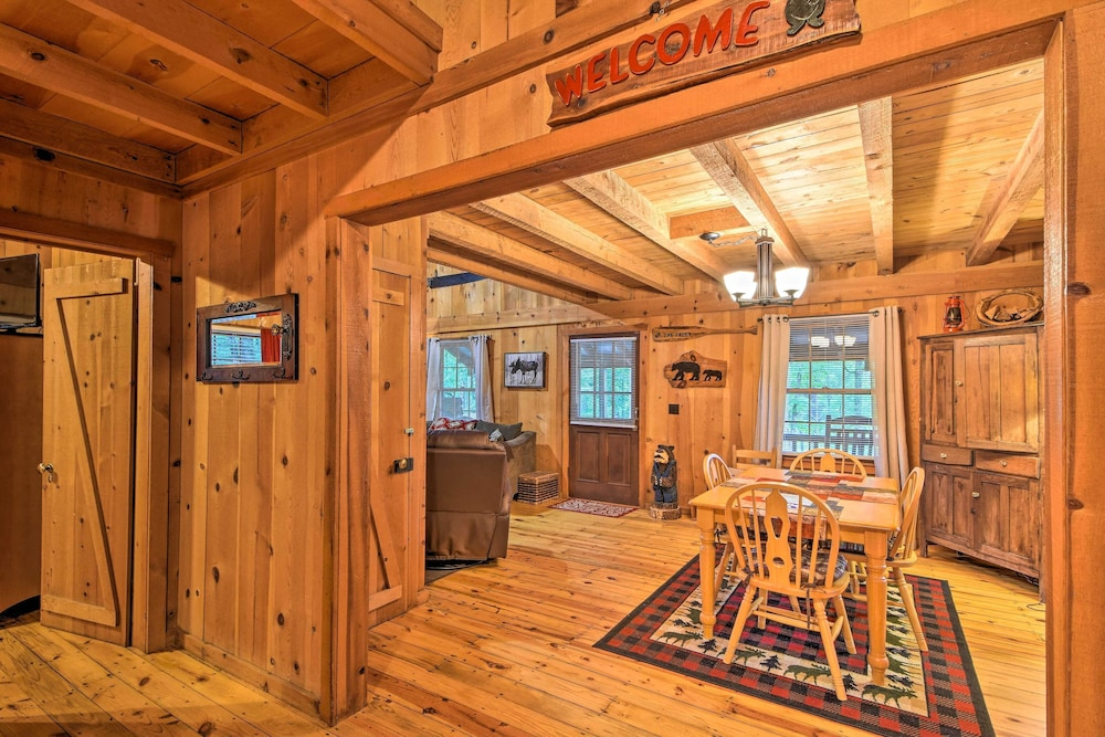 In-Room Dining, Sweet Tea Hideaway w/ Fireplace, Trails + Angling!