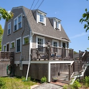 Two Bedroom Historic Cottage @ Goose Rocks - Sleeps 5, Great Location Near Beach