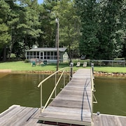 New! Waterfront Cottage on Lake Murray in Chapin, SC