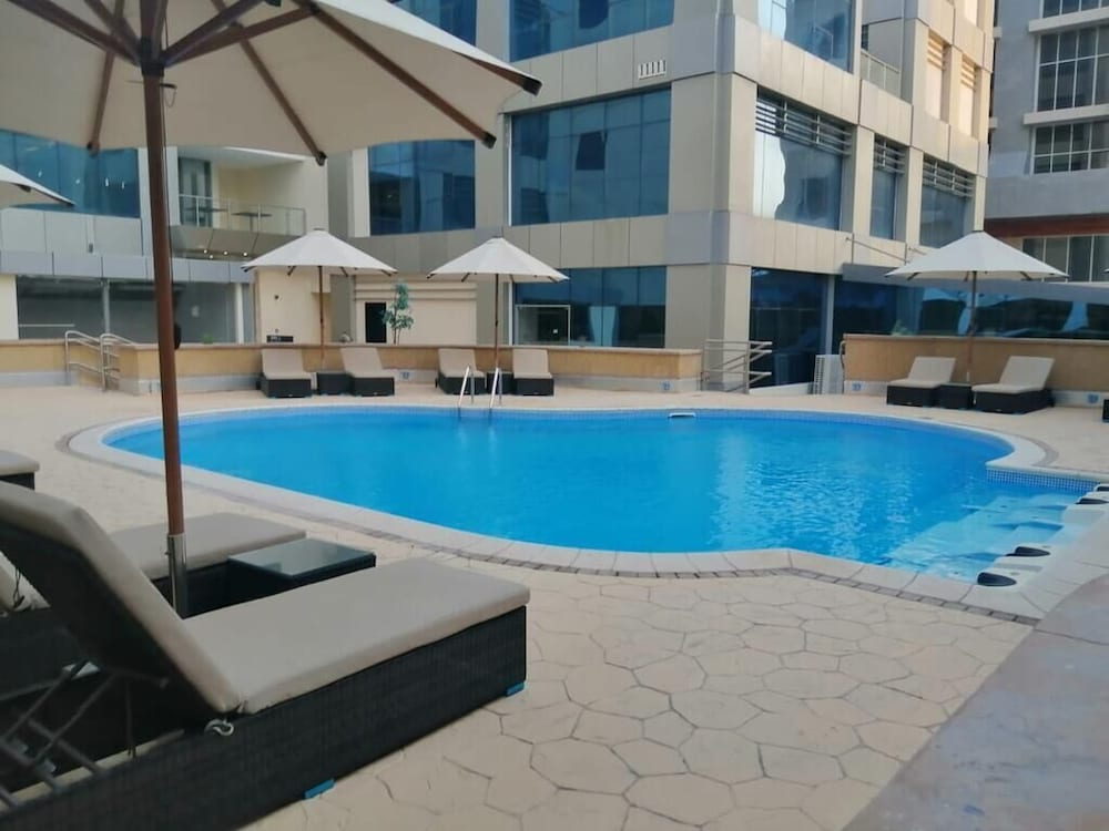 Outdoor Pool, New Blue Rose Hotel