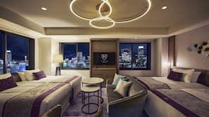 Premium bedding, in-room safe, free WiFi