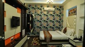 折叠床/加床(额外收费)、免费 WiFi
