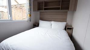 2 多间卧室、床单