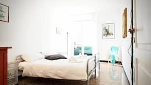 4 bedrooms, free WiFi, linens