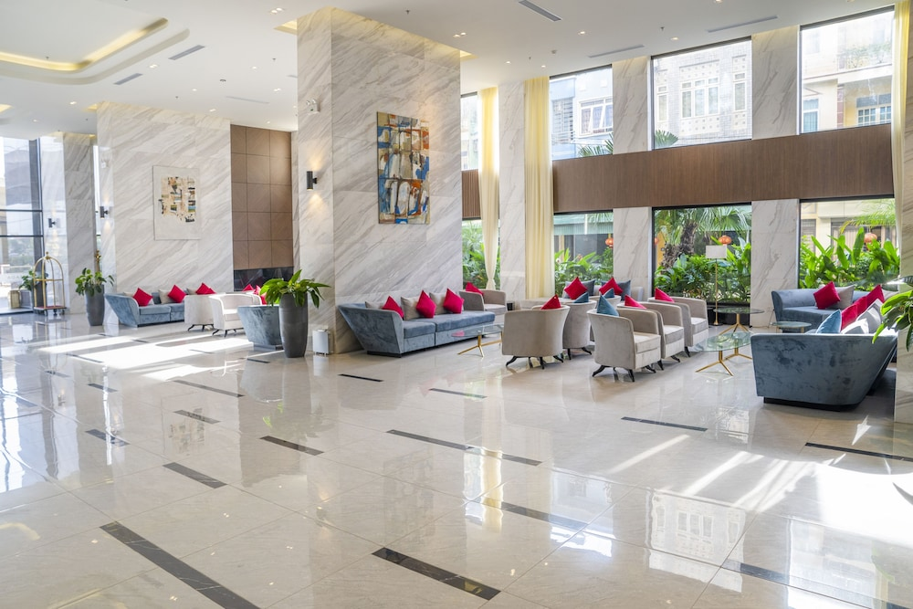 Lobby Lounge, Ramada Hotel & Suites by Wyndham Halong Bay View