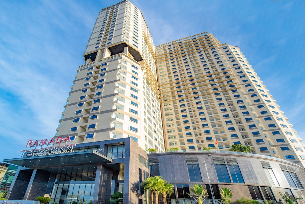 Front of Property, Ramada Hotel & Suites by Wyndham Halong Bay View