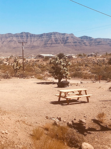 , Historic Desert Motel Room, Close to the Grand Canyon Skywalk, Lake Mead