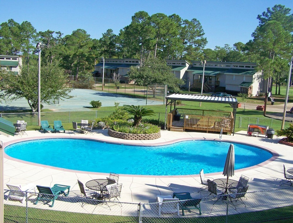 Pool, Beautiful 1 Bedroom Unit at Resort, Sleeps 4