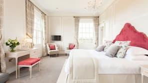 13 bedrooms, iron/ironing board, free WiFi