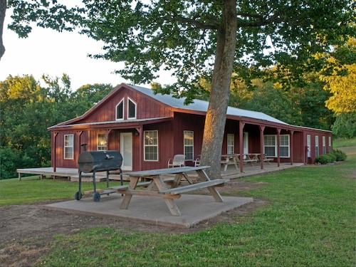 Five Bedroom Lodge Nestled on 10 Acres With Georges Views