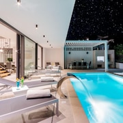 Luxury Villa Vitae With Heated Infinity Pool, 8 Sleeps