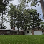 Relax Under 100' Tall Pines At Your Stay On Otsego Lake - New To Market!