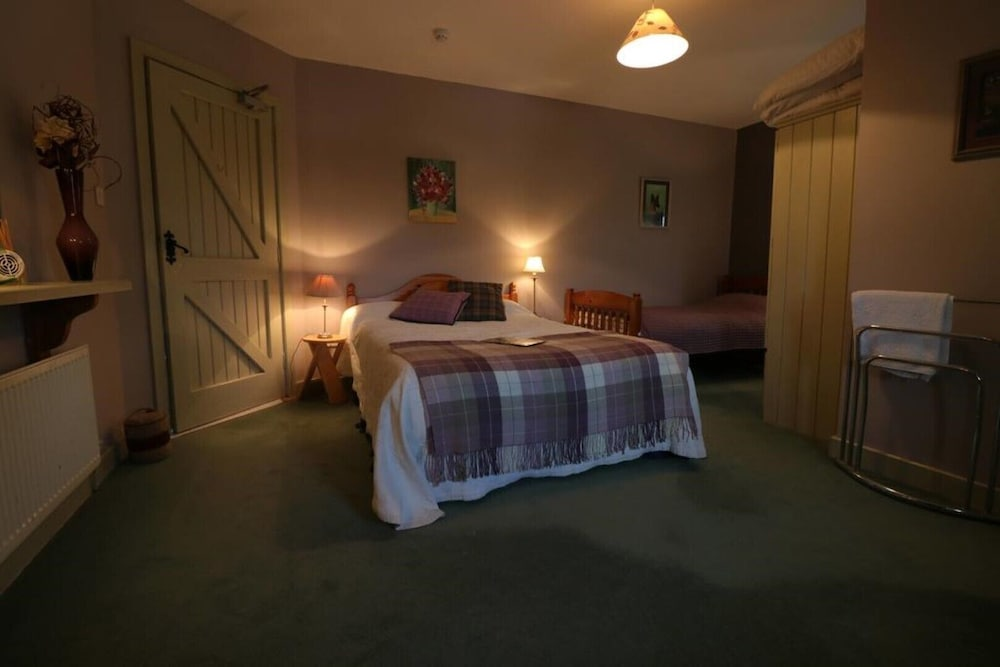Room, Annaharvey Farm B&B 1